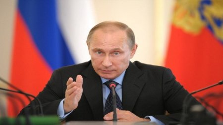 Putin: Ukrayna Saakaşvilinin yolu ilə gedir